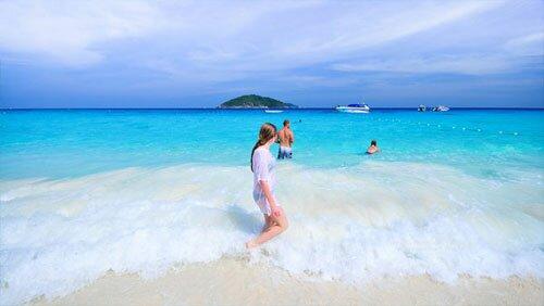 ชายหาด เกาะตาชัย