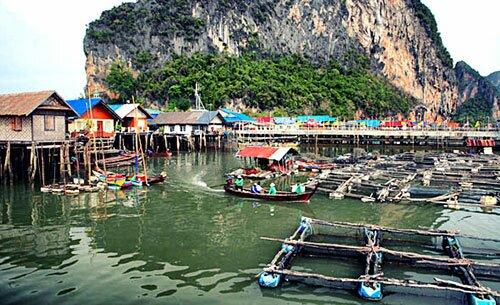 หมู่บ้านชาวประมง เกาะปันหยี พังงา