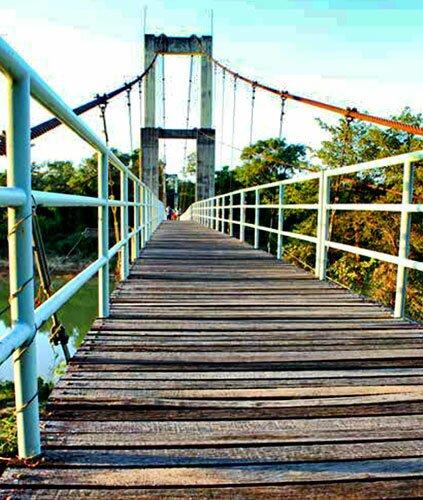 สะพานแขวน โขงเจียม อุบลราชธานี
