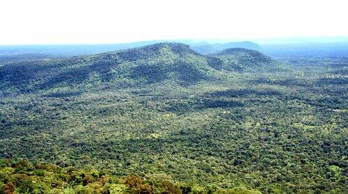 ภูเขา บริเวณ อุทยานแห่งชาติเขาพระวิหาร