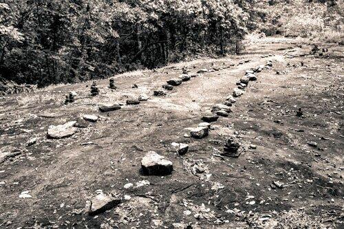 ทางเดินไปยังถ้ำเสรีไทย อุทยานแห่งชาติภูพาน