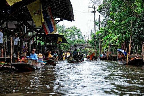 ตลาดน้ำดำเนินสะดวก ราชบุรี